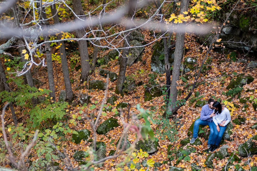 active_engagement_session_YGK_Kingston_bouldering_yoga_autumn_rob_whelan_photographer-1